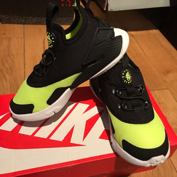 new concept fd343 5e915 NIKE HUARACHE DRIFT Toddler Size 9c- Volt  Black